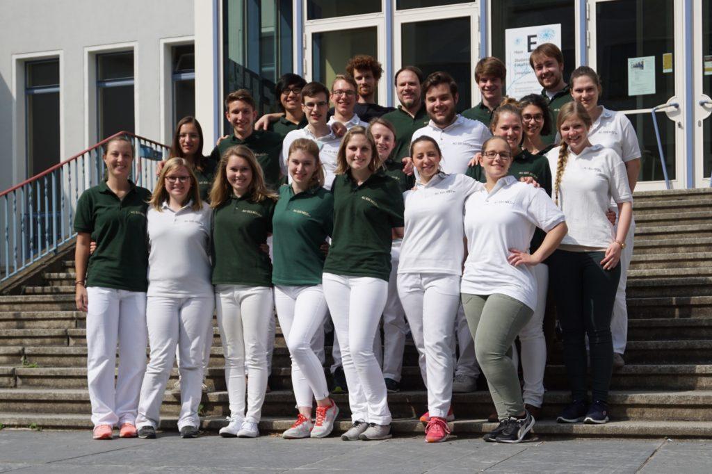 Gruppenfoto der Unigruppe Leipzig der AG EH-MED