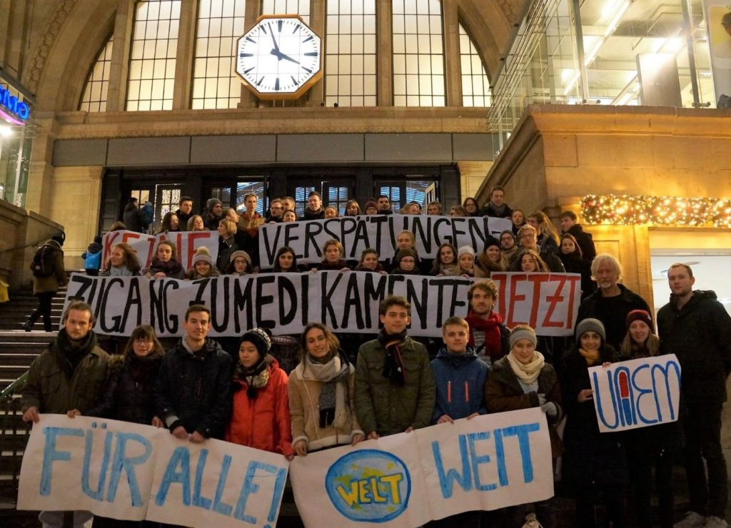 Kundgebung von UAEM am Leipziger Hauptbahnhof